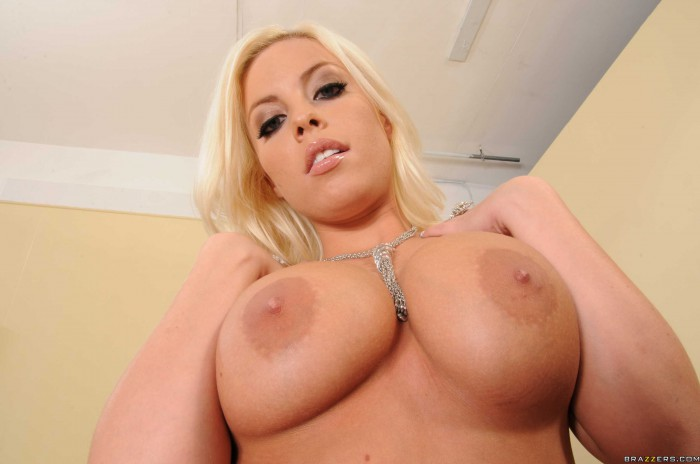 Britney Amber Tits