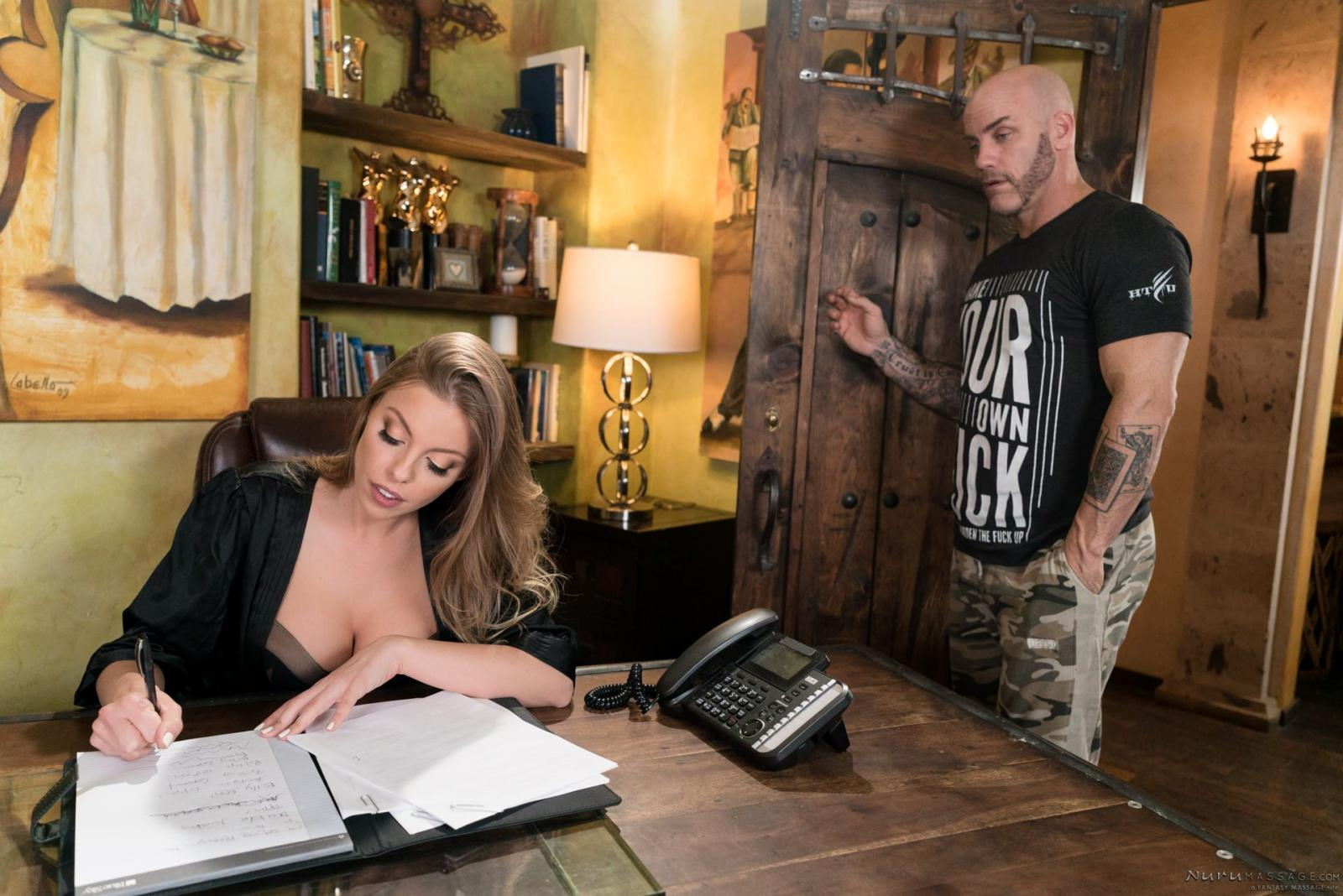 Britney Amber: The Critic - 1